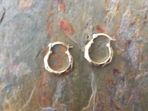 10 KT Yellow Gold Detailed Tiny Baby Sized Hoop Earring PAIR Etched New TINY