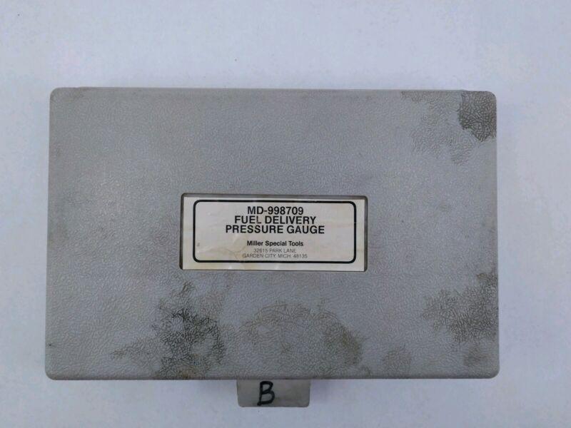 Miller Specialty Tool MD-998709 Fuel Delivery Pressure Gauge Tester Kit