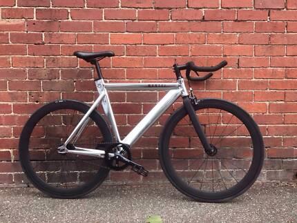 Aluminium Urban Bike. Great condition.