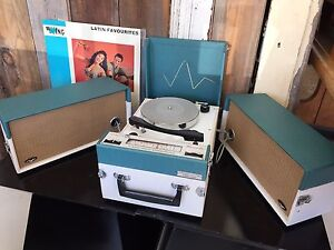 Vintage portable turntable/radio Fremantle Fremantle Area Preview