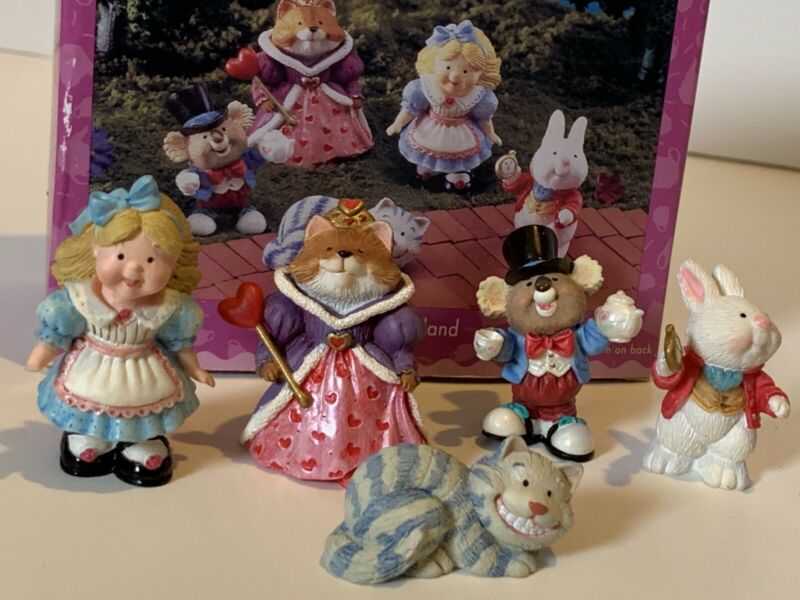 Hallmark Alice in Wonderland Merry Miniature Figurines Set of 5 Cat Rabbit