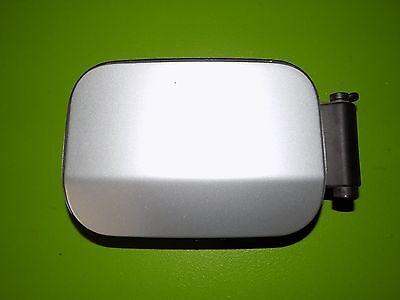04-10 BMW E60 545i fuel door access lid assembly + cap silver OEM 525 530 550