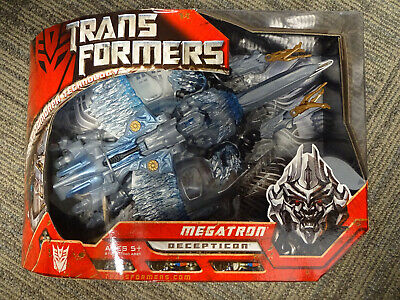 2007 Hasbro Transformers Automorph Technology Voyager Class Megatron