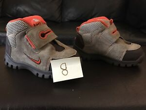 Nike toddler shoes - size 8