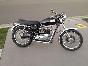 Triumph T120 1971 Gillieston Heights Maitland Area Preview