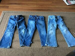 Almost new 4T jeans