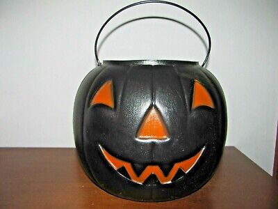 VINTAGE HALLOWEEN BLACK PUMPKIN TRICK OR TREAT PAIL BUCKET~PLASTIC BLOW MOLD