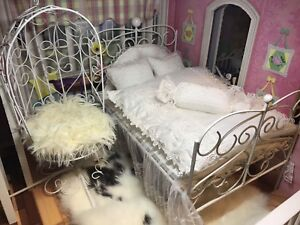 Dollhouse ,1/6 furniture, wrought iron bed and swing stool
