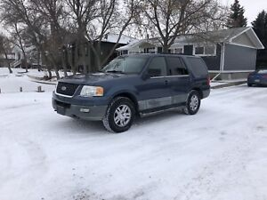 2003 Ford Expedition XLT 8 Passenger Seating!