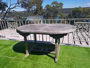 Outdoor table Lilli Pilli Sutherland Area Preview