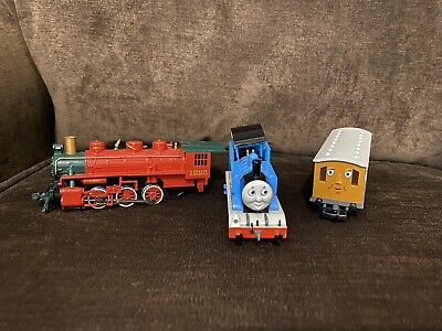 Bachmann Lot HO Scale THOMAS THE TANK ENGINE MOVING EYES North Pole And Clarabel
