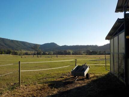 2nd year Visa couple wanted in a family farm ASAP!!! Vacy Dungog Area Preview