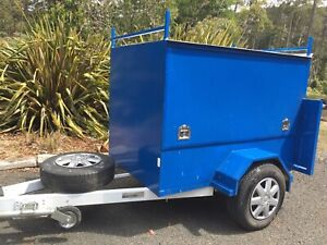 Trailer Fully enclosed 6x4