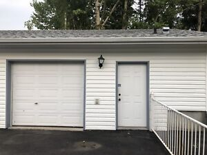 Heated shop for rent in college heights.