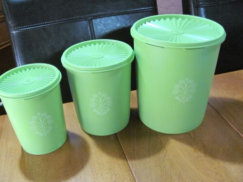 Tupperware Servalier set of 3 Apple Green Canisters With Lids 805,809 & 811