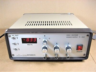 Physik Instrumente P-263 High Voltage Power Supply