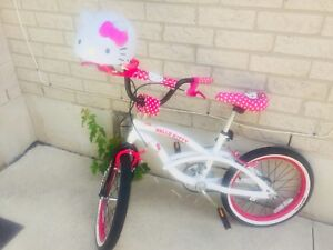 """The Hello Kitty 16"""" Kids' Bike in excellent condition"""