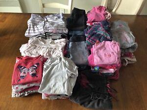 Lot de vêtements fille 6-12 mois