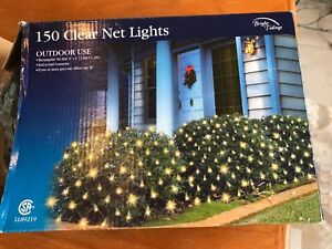 Christmas outdoor clear net lights, 150 lights, NEW in box