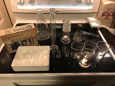 Lot Of Labratory Glasswear Pyrex 250ml And Kimex Mini Corning Beakers