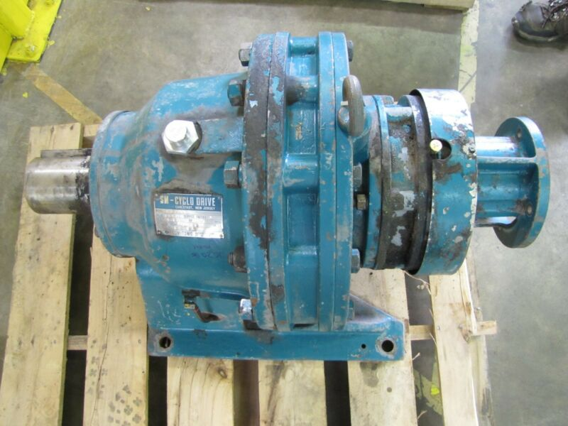SUMITOMO SM-CYCLO HJ606A GEARBOX SPEED REDUCER 1225:1 RATIO 90000 IN-LB 2.4HP IN