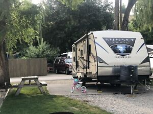 Great Family RV Trailer for Rent