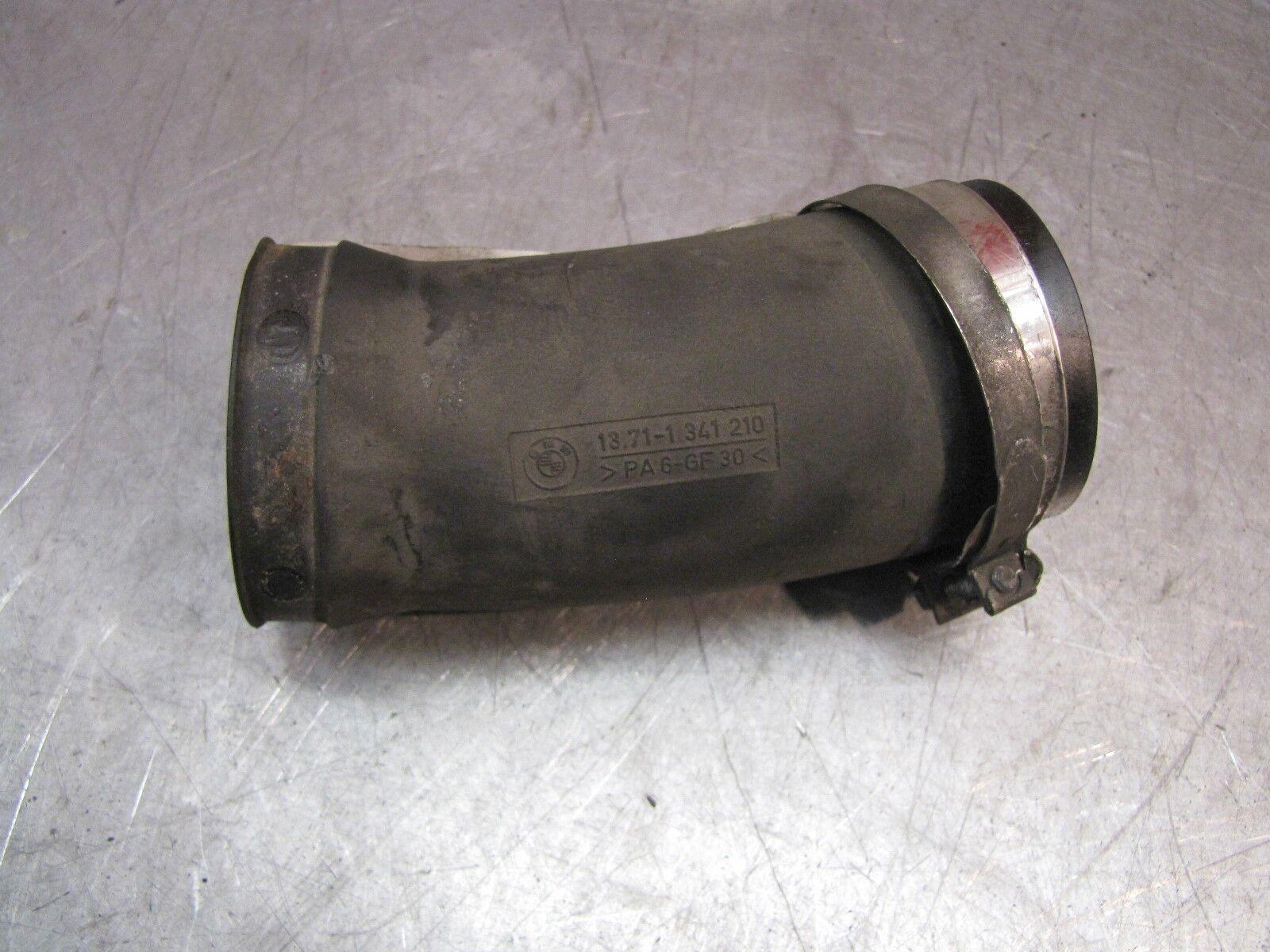 BMW R1100RT Intake manifold  13711341210
