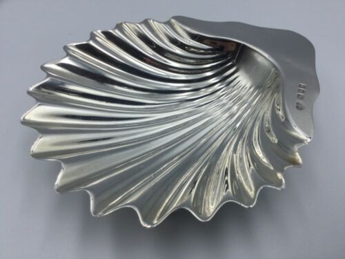 GEORGE VI SOLID SOLID SILVER SHELL DISH, GOLDSMITHS & SILVERSMITHS, LOND, C1928