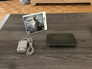 NEW Nintendo 3DS XL + Batman Game + Charger