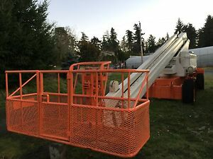 BOOM LIFT 80 FT JLG For Sale