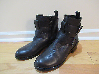 Gentle Souls By Kenneth Cole Best Of black leather ankle boots sz. 8.5 M (Best Ankle Boots)