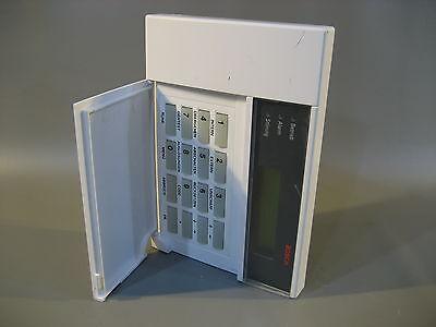 Bosch Alarm Bedienteil DEM 16216 (278)  geht nicht an