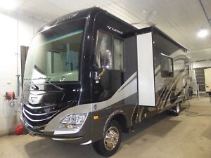 2012 Fleetwood STORM 33 Q GELCOAT FULL PAINT