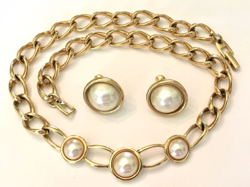 Vintage Napier Gold Tone Faux Mabe Pearl Curb Chain Choker Necklace