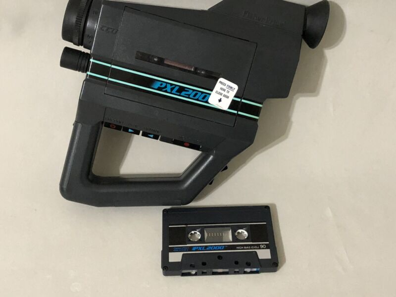 Fisher-Price PXL 2000 Cassette Tape Camcorder  FOR PARTS OR REPAIR ONLY