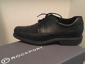 Brand new Men's size 9 dress shoes high quality from Moores
