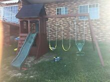 Swing set / cubby house Cordeaux Heights Wollongong Area Preview