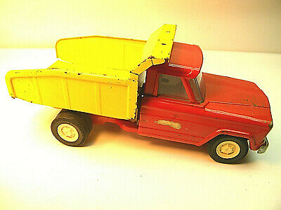 Vintage Tonka Jeep Dump Truck; collectable toy;