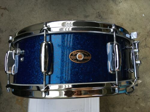 NOV 64 SLINGERLAND BLUE SPARKLE 8 LUG SNARE DRUM.  COB HOOPS, A BEAUTY !   POP