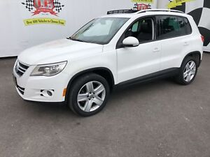 2011 Volkswagen Tiguan Trendline,, Automatic, Panoramic Sunroof,