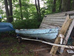 12 foot Fibreglass boat