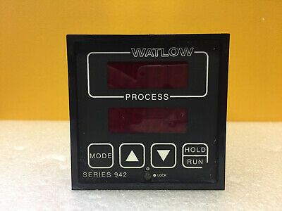 Watlow 942a-3kd2-be00 120 240 V Process Temperature Controller. Tested