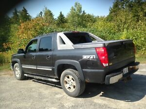 Reduced: Chevrolet Avalanche truck! fully loaded!