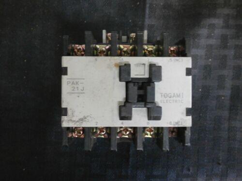 Togami Electric Magnetic Contactor PAK-21J 240V 440V 7.5