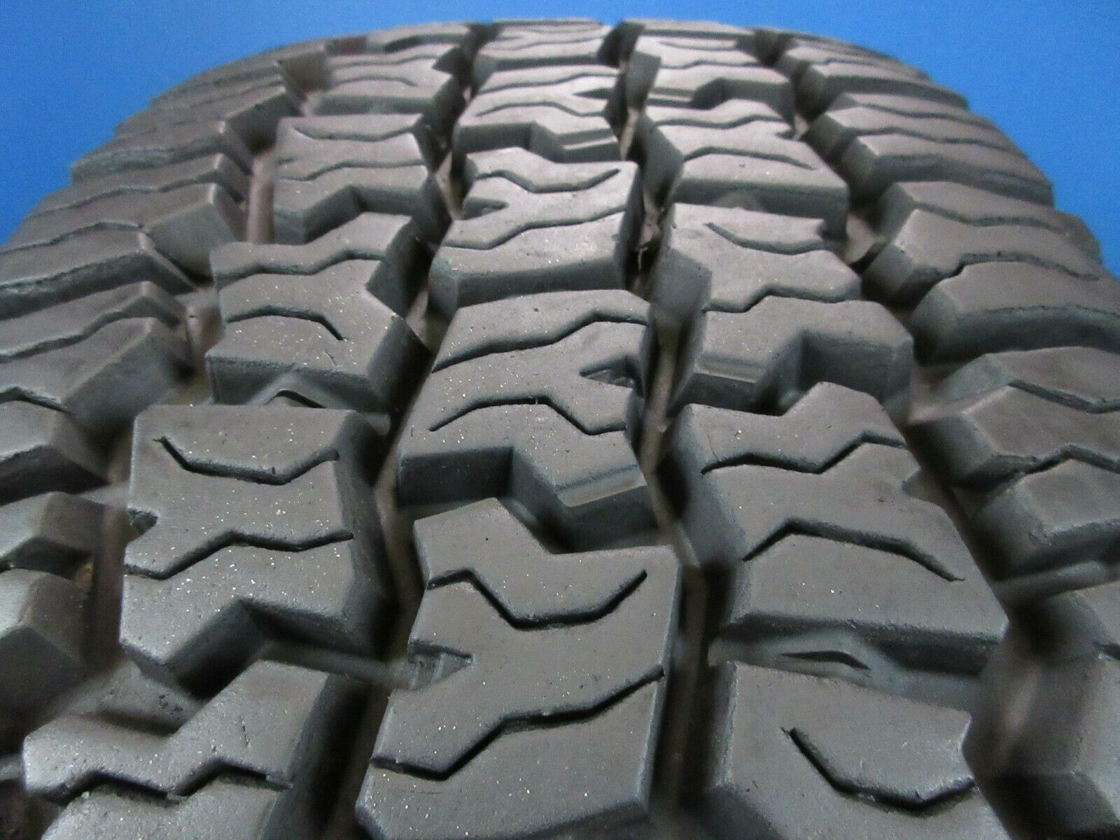 Used Cooper Discoverer RTX  Owl LT265 70 18   14/32 High Tread 84XL