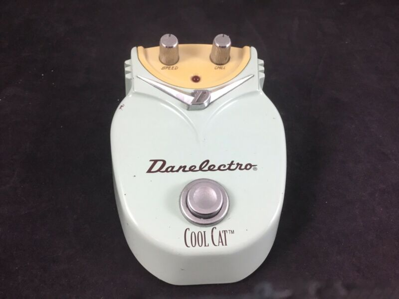 Danelectro Cool Cat Chorus Guitar Effects Pedal