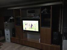 TV entertainment unit Gladstone Park Hume Area Preview