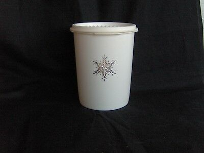 TUPPERWARE WHITE SNOWFLAKE SERVALIER STACKING CANISTER #800 6