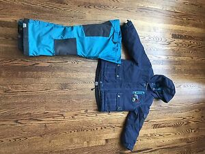 Size 4 Souris Mini Jacket and Snowpants