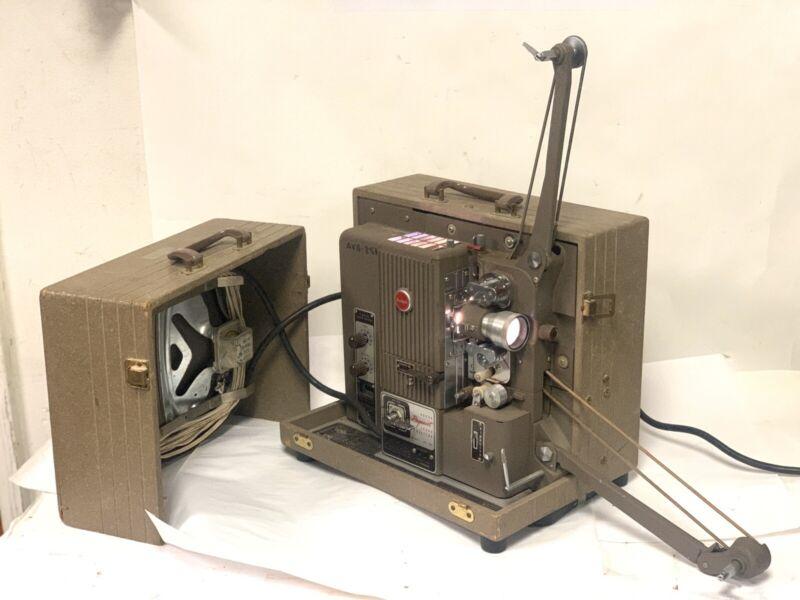 Kodak Pageant Magnetic Optical 16mm Projector AV-085 - Works